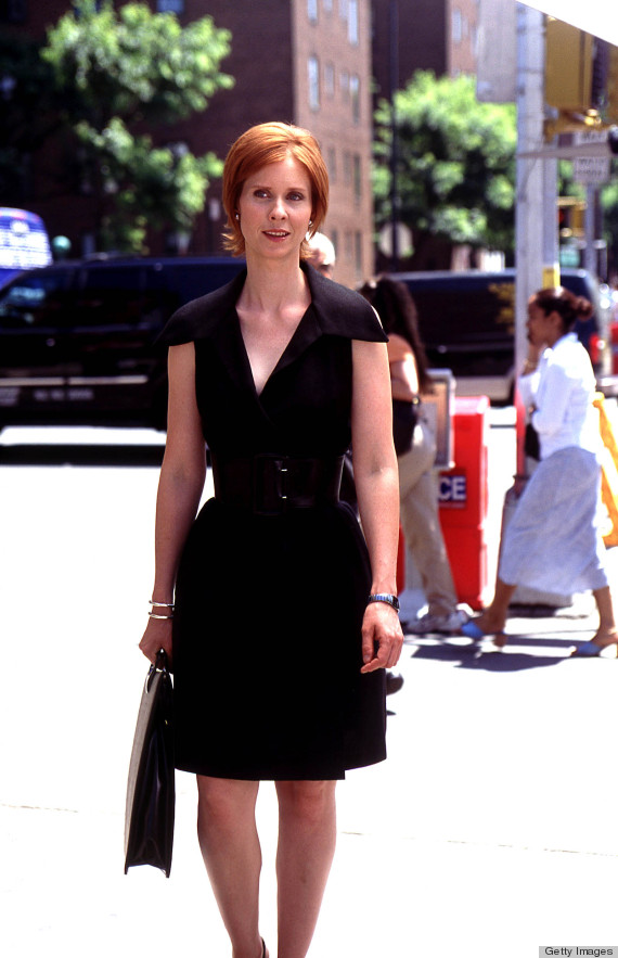 """385528 09: Actress Cynthia Nixon Stars As Miranda In The Hbo Comedy Series """"Sex And The City"""" The Third Season.  (Photo By Getty Images)"""